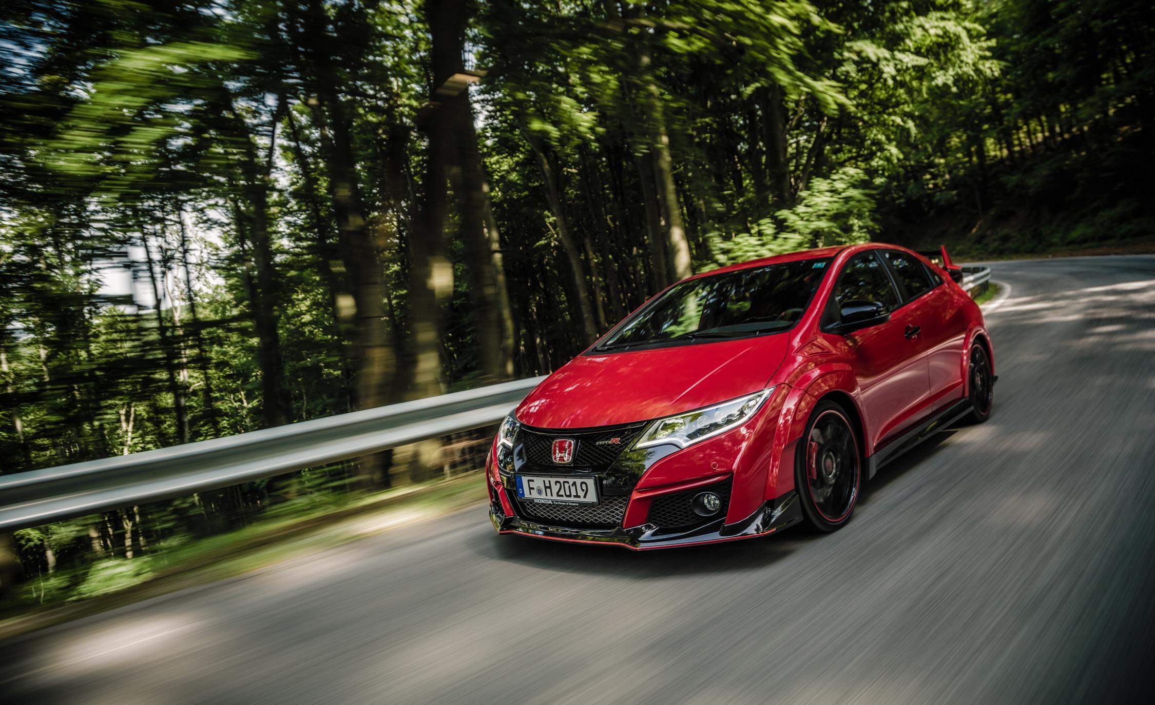 2015 Honda Civic Type R (Euro-spec)