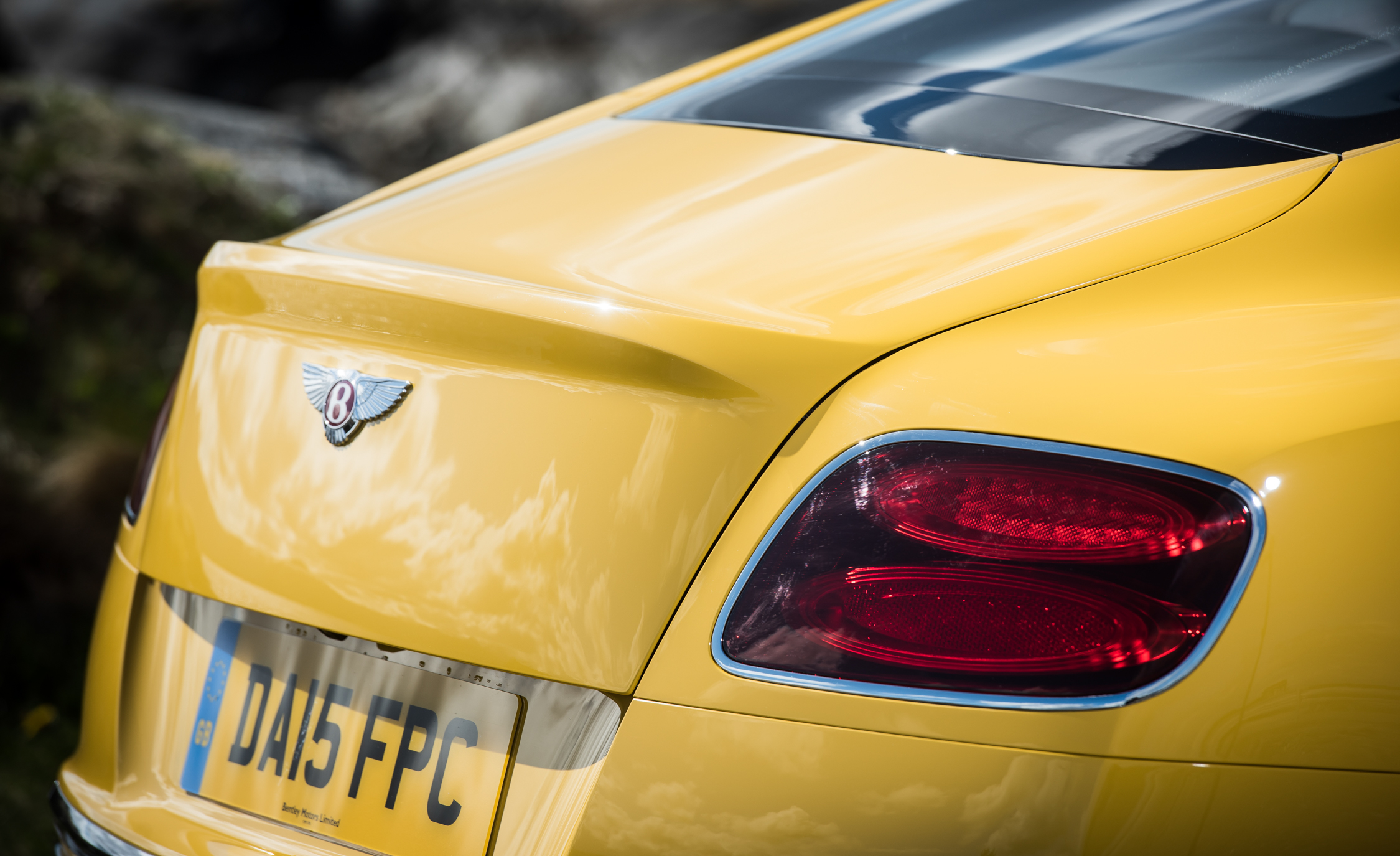 2016 Bentley Continental GT S Exterior Taillight
