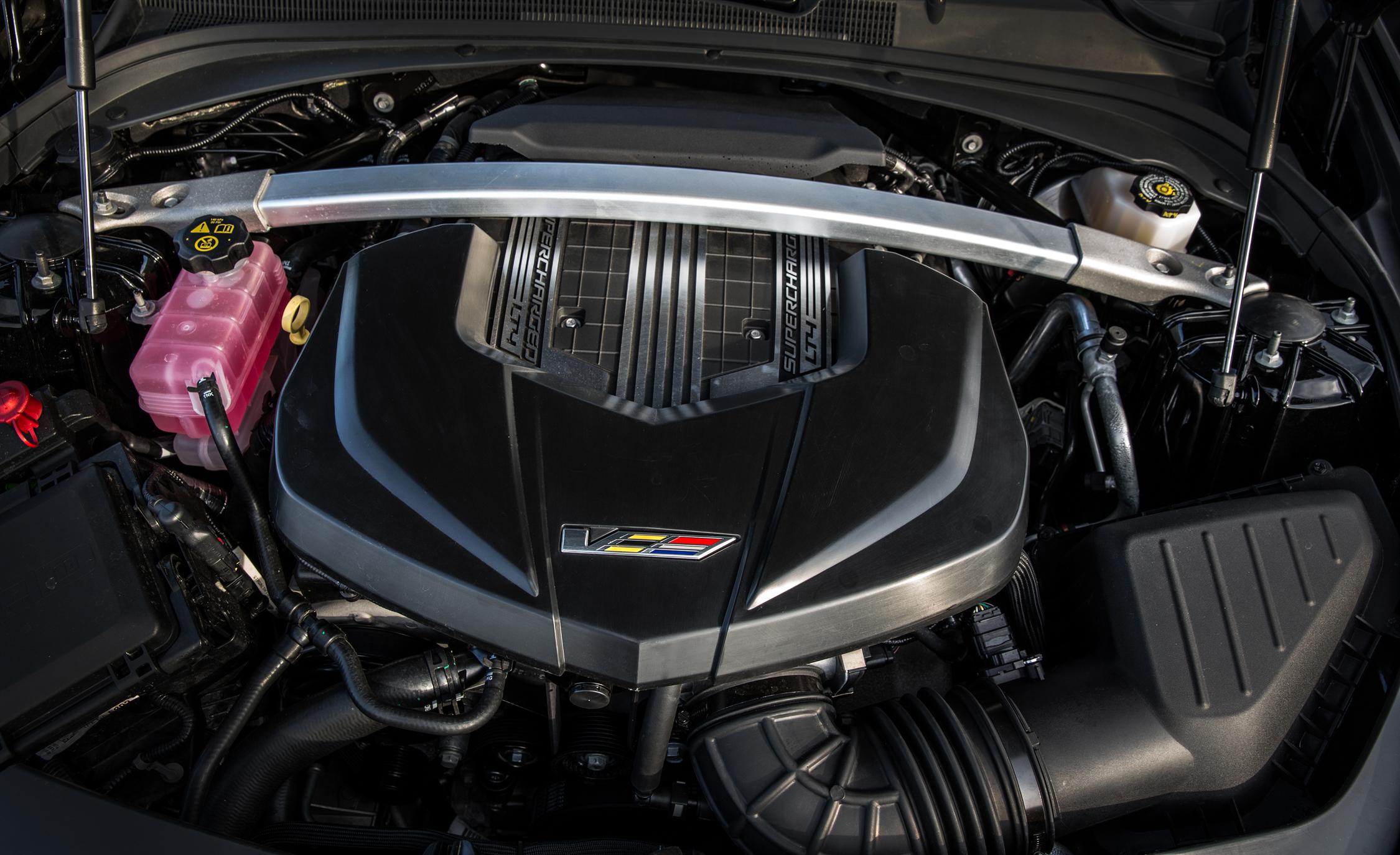 2016 Cadillac CTS-V Supercharged 6.2-Liter V-8 Engine