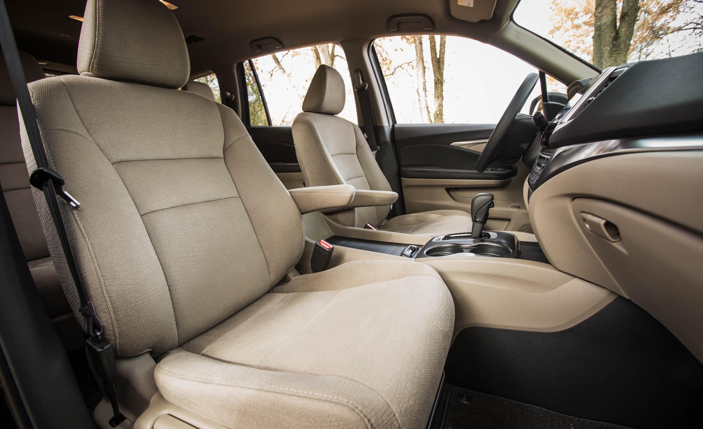 2016 Honda Pilot EX FWD Interior Seats 1st Row Front