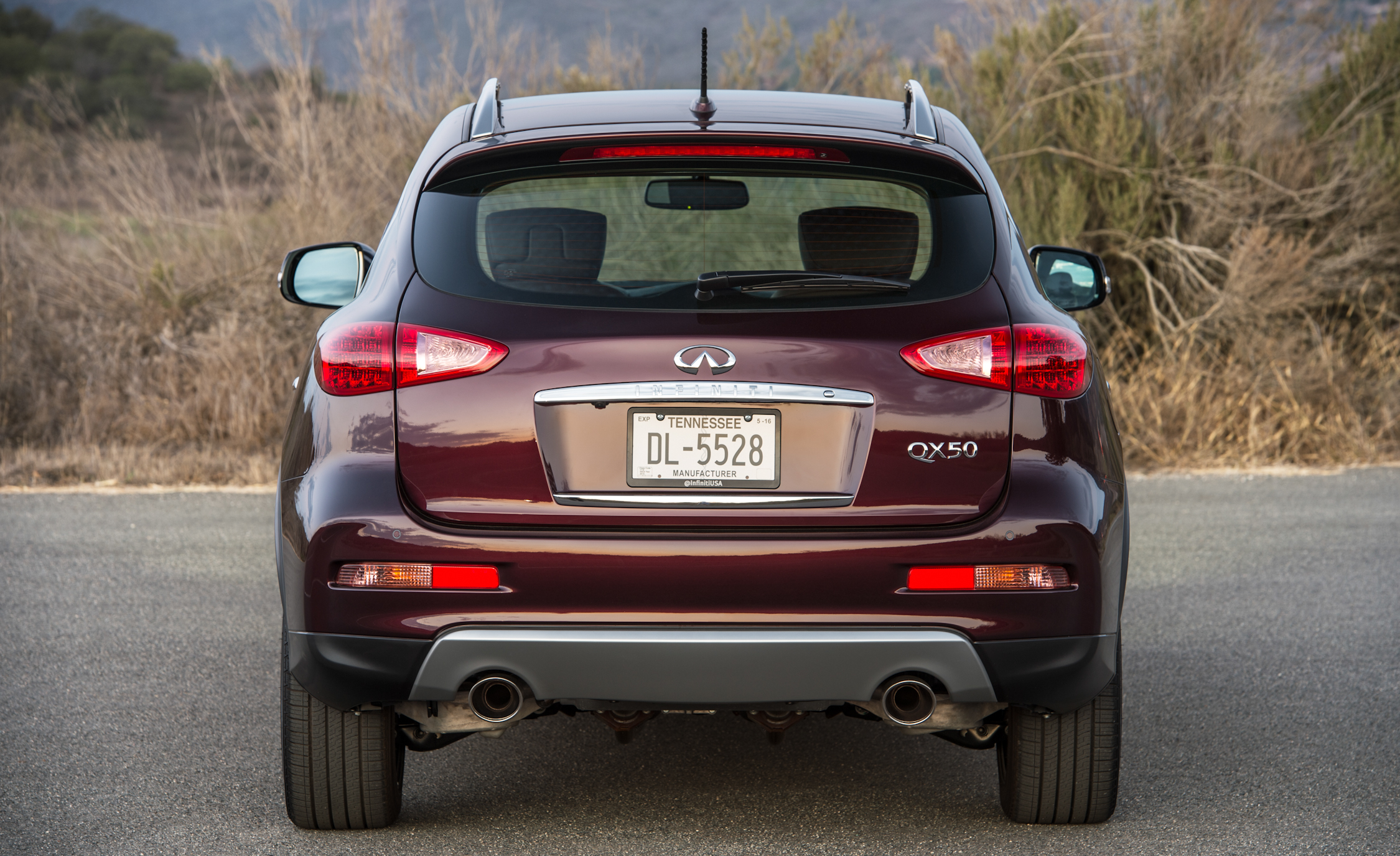 2016 Infiniti QX50 Exterior Full Rear
