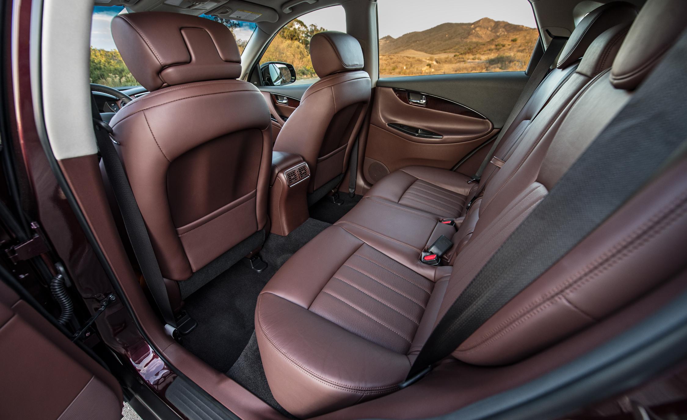 2016 Infiniti QX50 Interior Rear