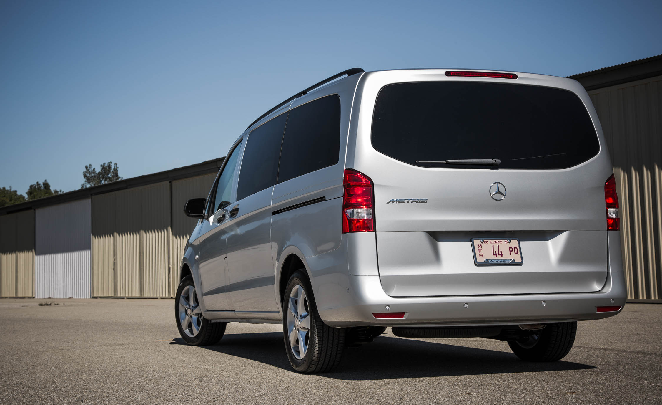 2016 Mercedes-Benz Metris Exterior Rear