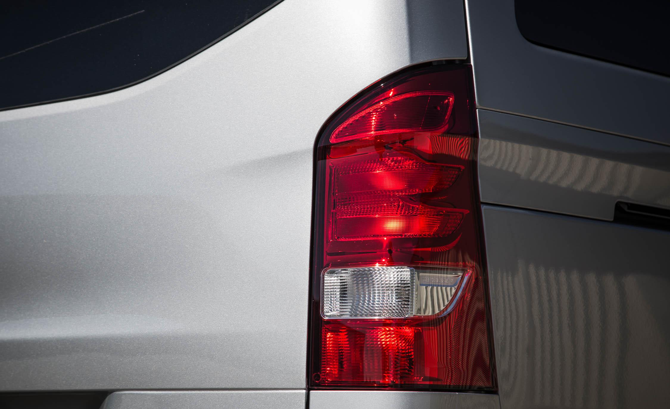 2016 Mercedes-Benz Metris Exterior Taillight
