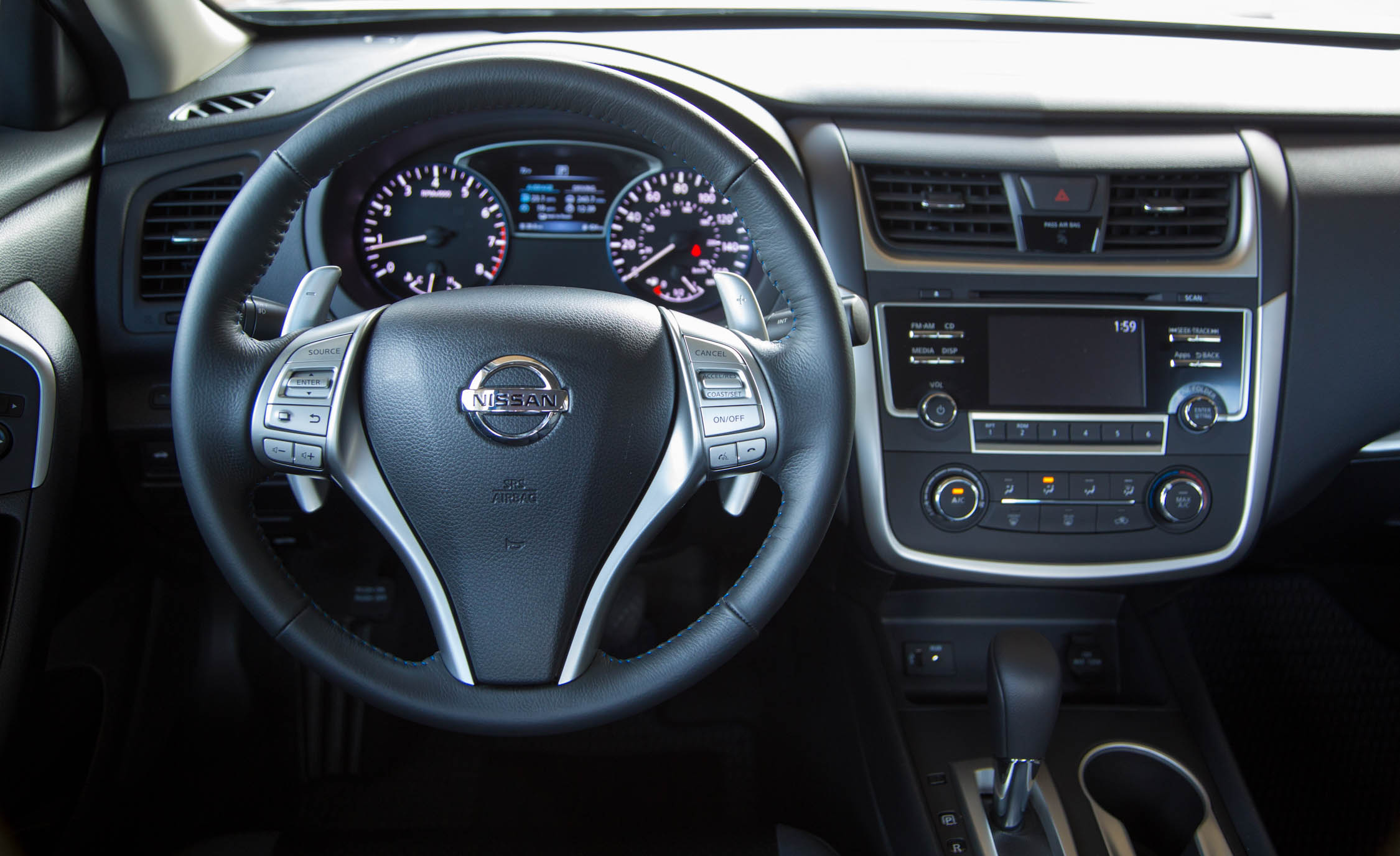 2016 Nissan Altima Interior Steering