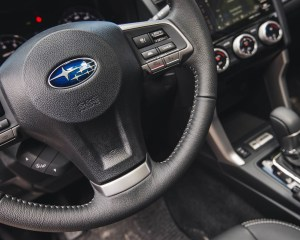 2016 Subaru Forester 2.0XT Touring Interior Steering