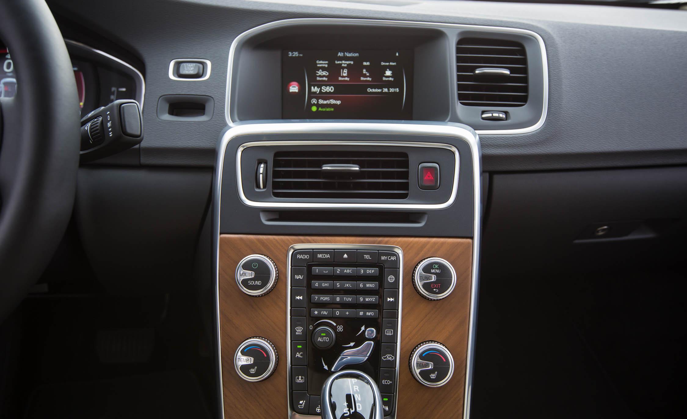2016 Volvo S60 T5 Inscription Interior Center Head Unit