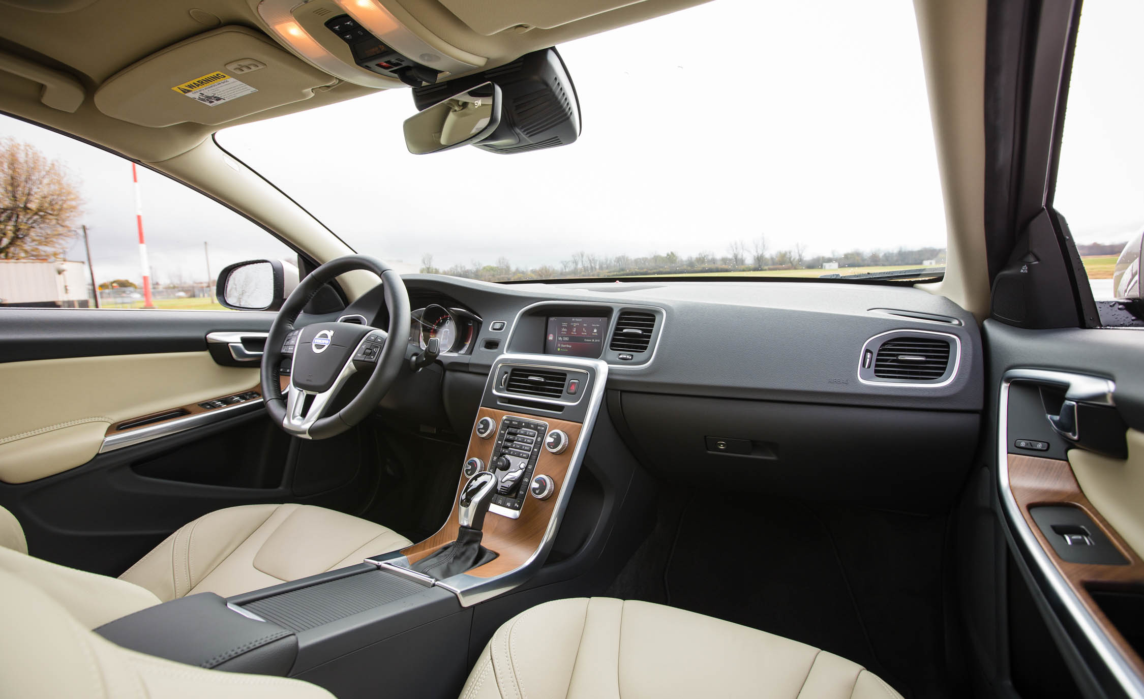2016 Volvo S60 T5 Inscription Interior Front