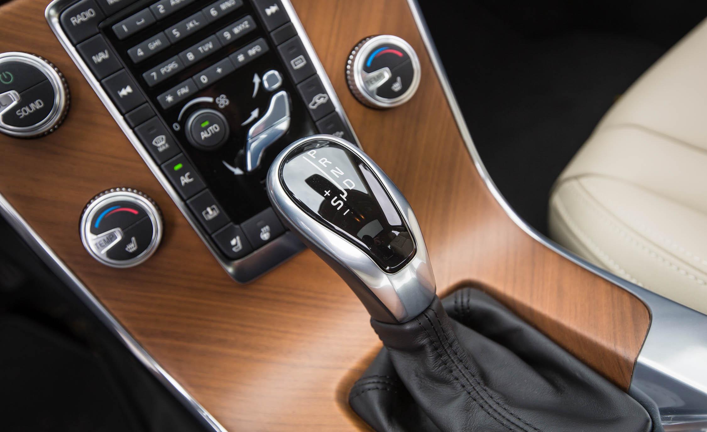 2016 Volvo S60 T5 Inscription Interior Gear Shift Knob