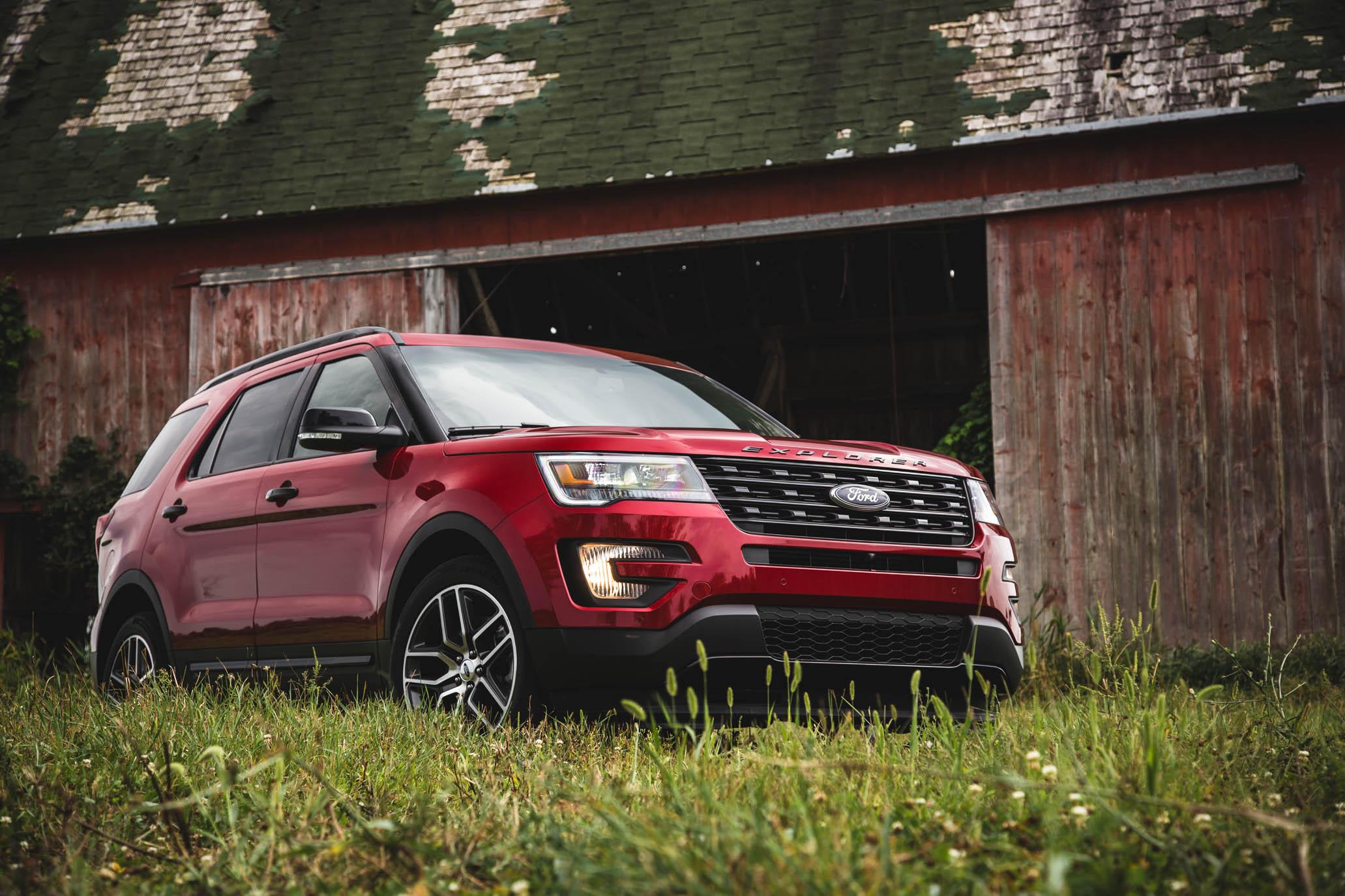 New 2016 Ford Explorer Sport
