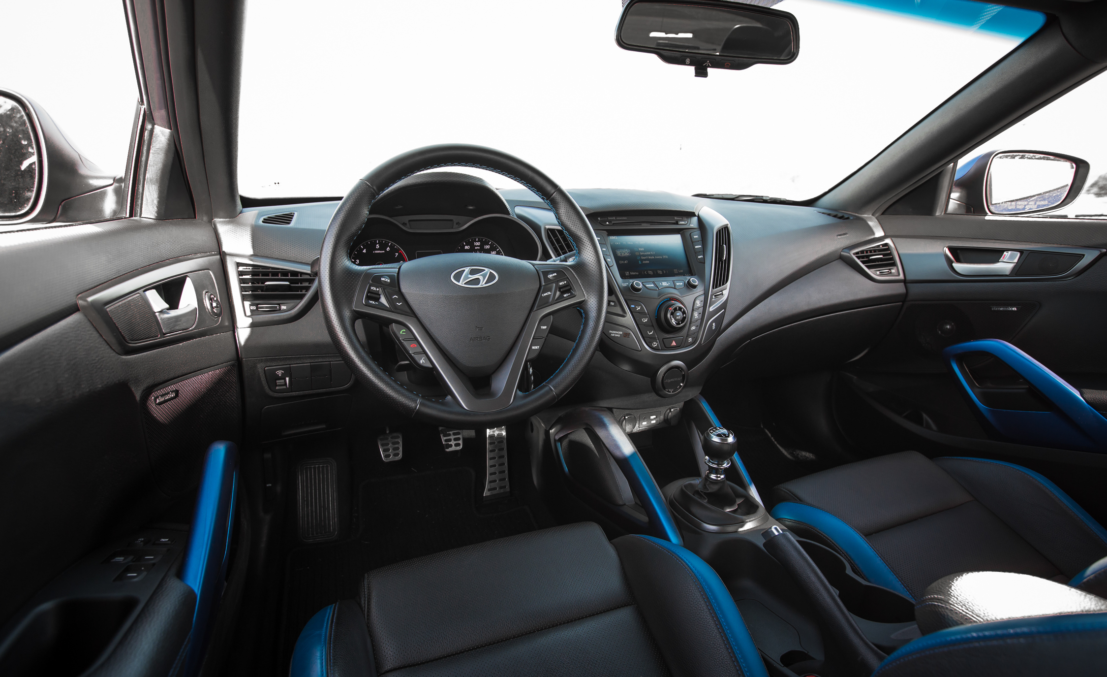 2016 Hyundai Veloster Turbo Rally Edition Interior Cockpit