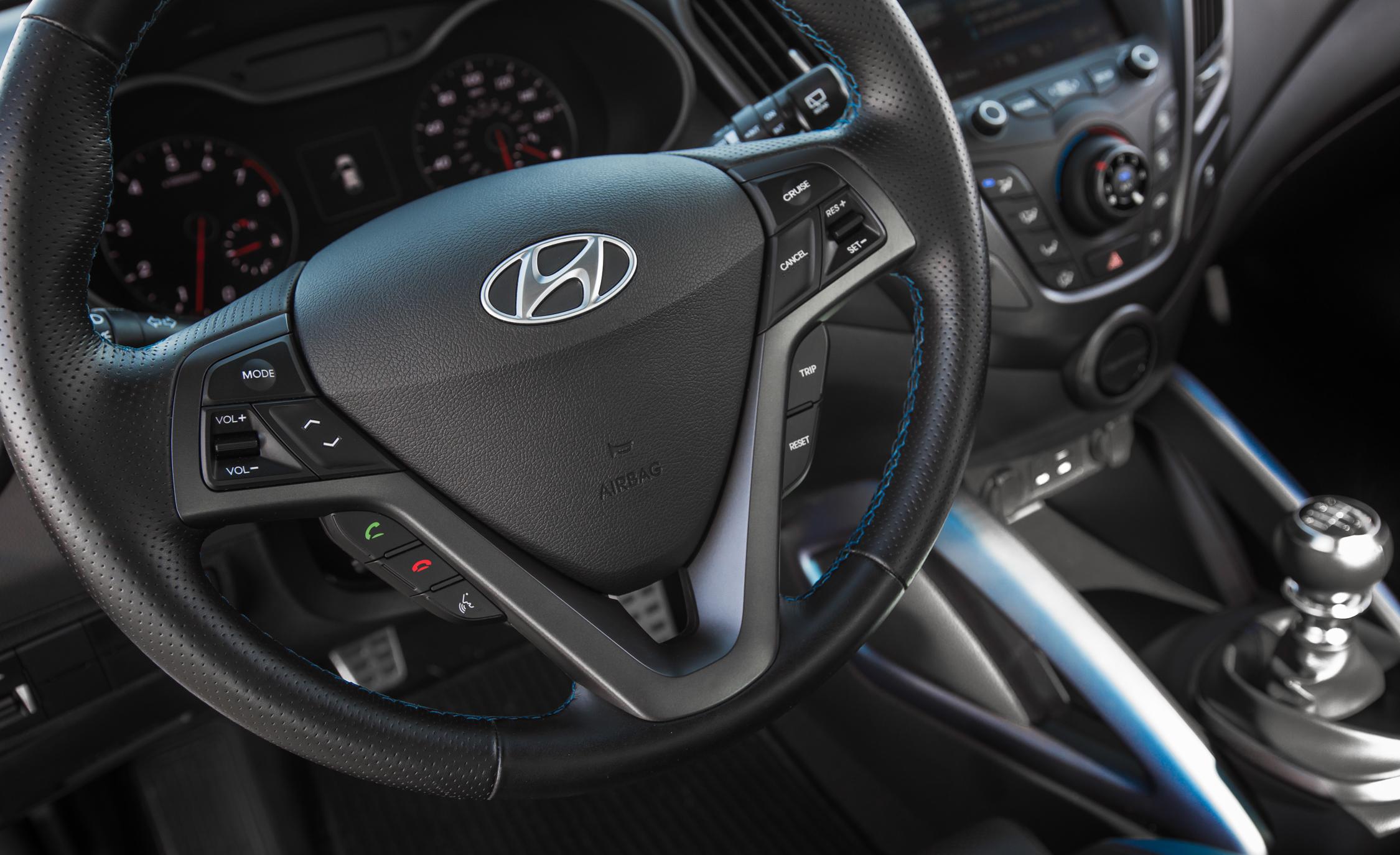 2016 Hyundai Veloster Turbo Rally Edition Interior Steering