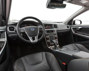 2016 Volvo S60 Cross Country Interior Front