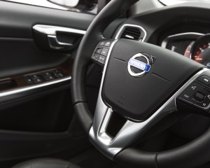 2016 Volvo S60 Cross Country Interior Steering
