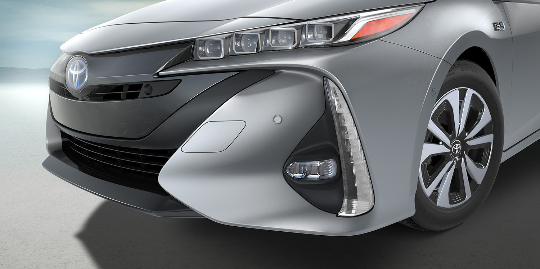 2017 Toyota Prius Prime Grille View