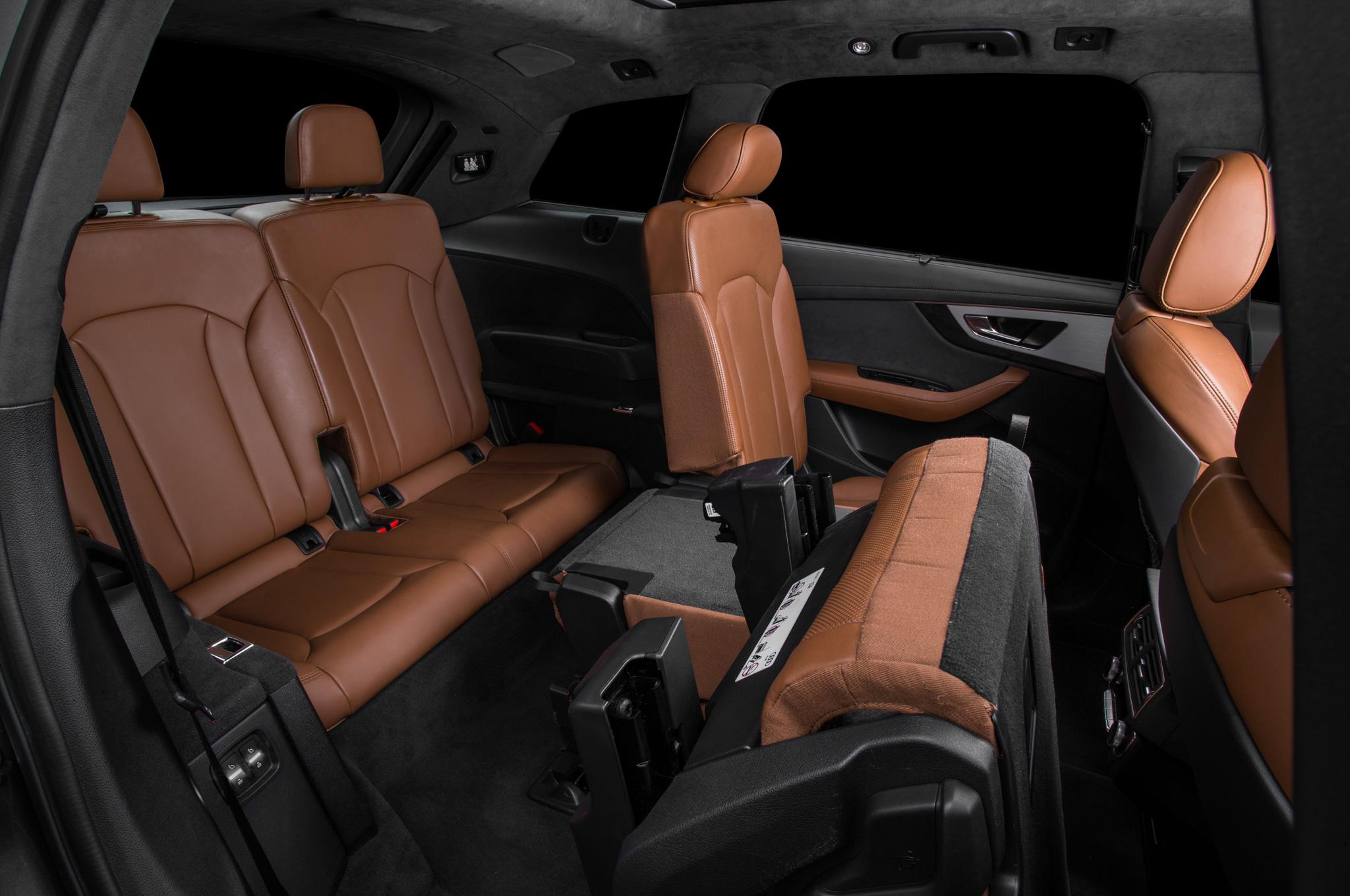 2017 Audi Q7 SUV Interior View