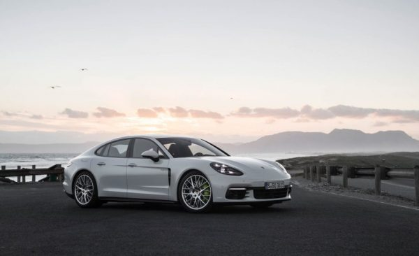 2018 Porsche Panamera 4 E Hybrid Front