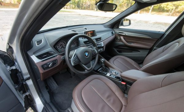2017 BMW X1 seats review