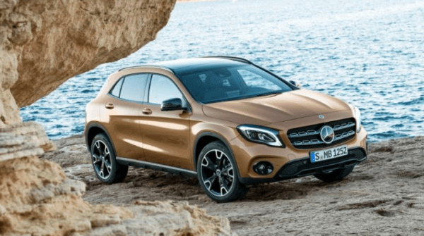 2018 Mercedes Benz GLA Class side view review