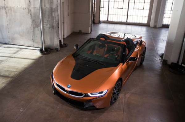 2019 BMW i8 review top