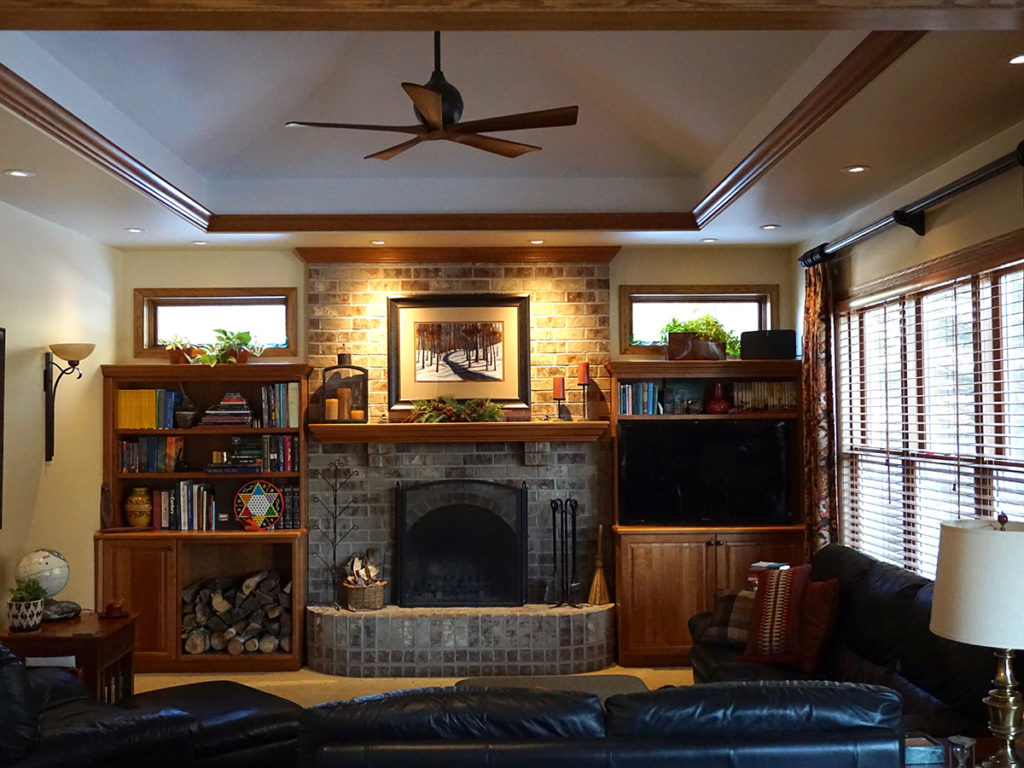 Convert Family Room S Vaulted Ceiling To A Tray Vault Remodel The Home Office