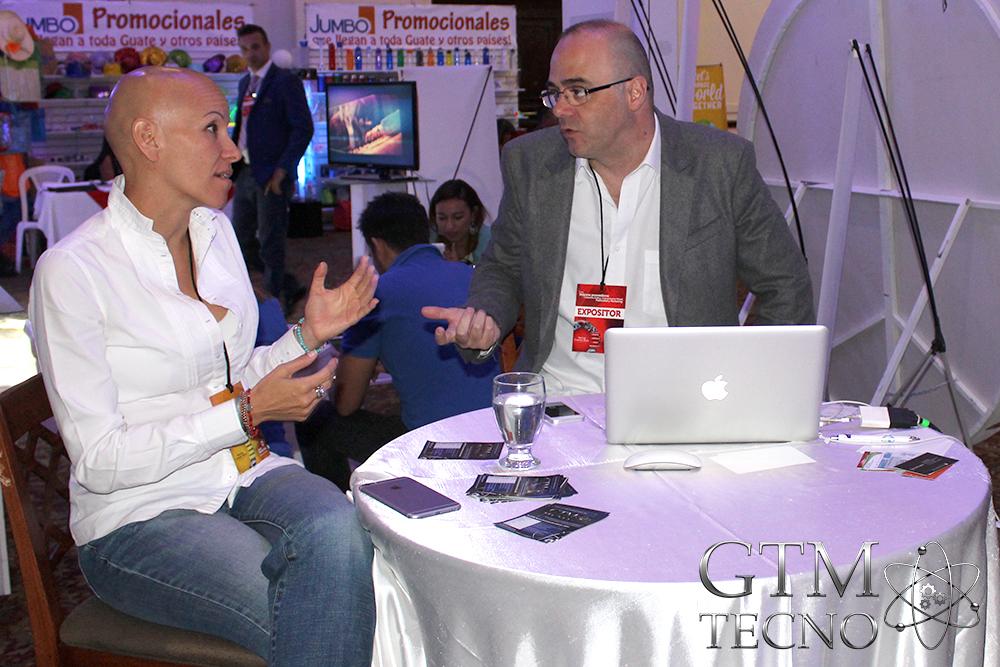 Expo Marketing Graphics and Design - Karla Ruiz Cofiño y Claudio Aranda