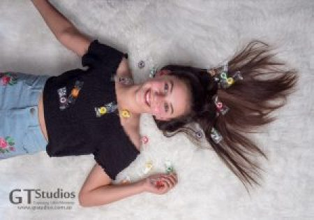 Has this tween had a sugar overdose at her GT Studios photo experience? No - but she's having a great time! We could see her confidence & self esteem grow as the day went on.