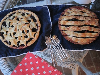 Stars and Stripes Cherry & Blueberry Pies - https://gttebykate.wordpress.com/2010/07/08/stars-and-stripes/