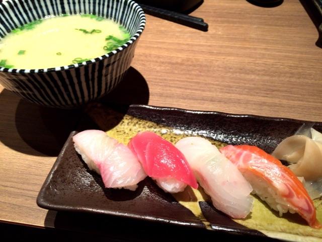 酒とめしRIKI お寿司