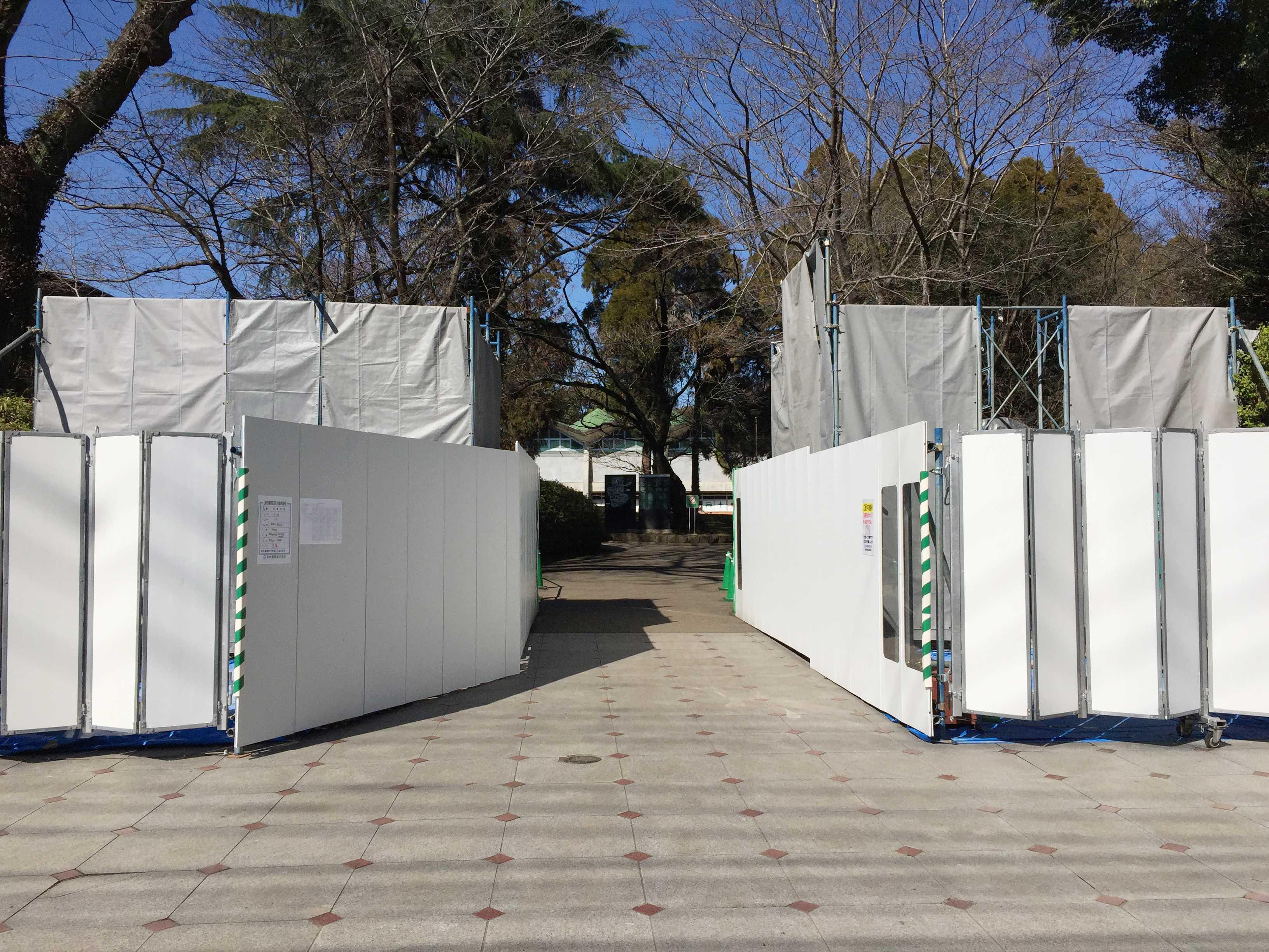 熊本大学 赤門