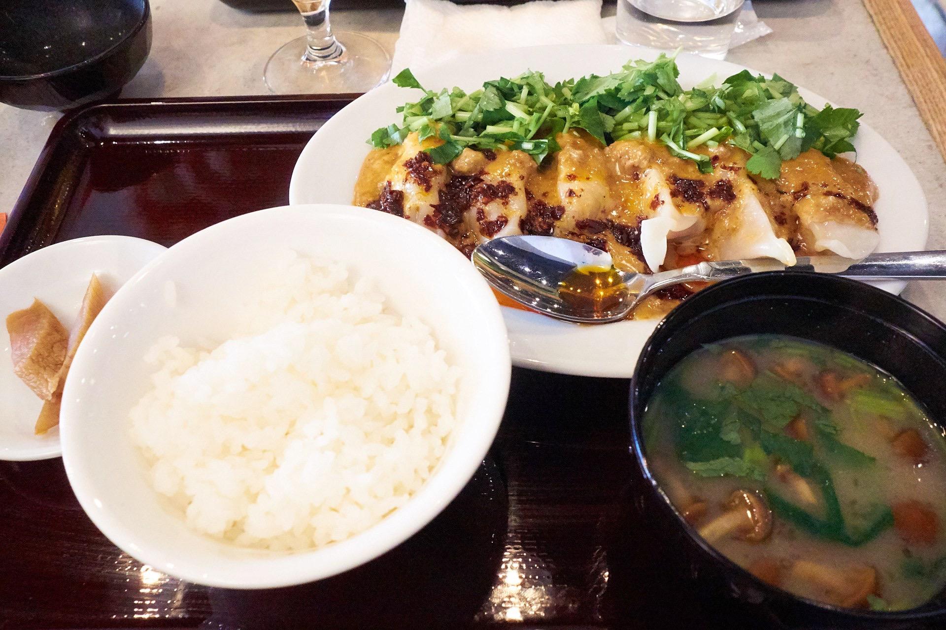 麻辣坦々水餃子定食