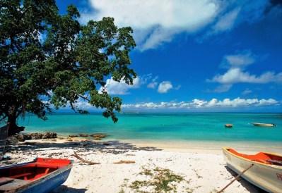 Plage des Raisins Clairs Saint-François les îles de Guadeloupe