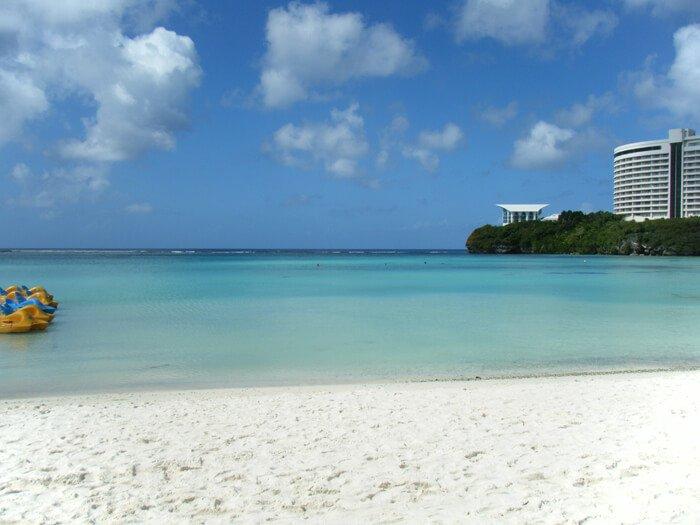 ウェスティンのプールとビーチ