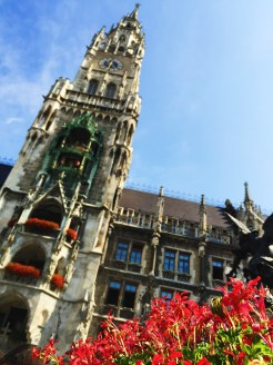 2. Another view of the Neues Rathaus, where we started the first day.