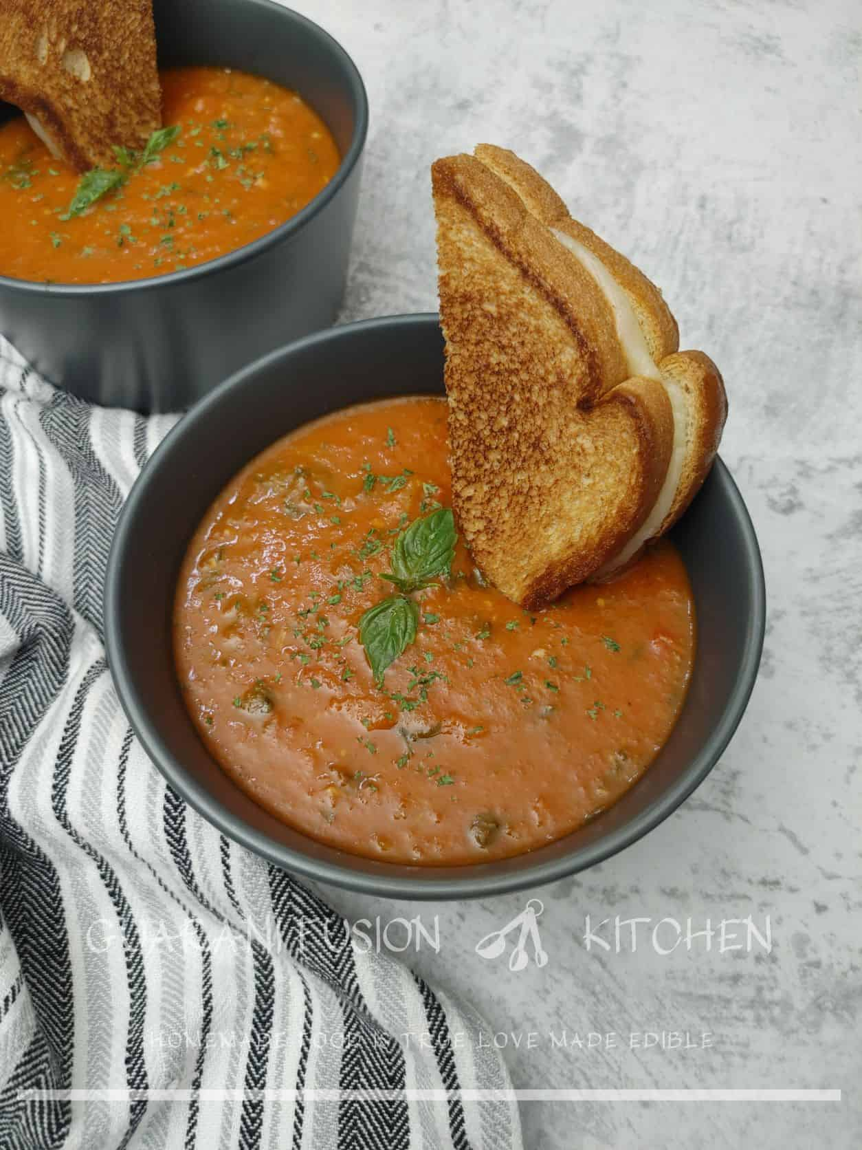 The Best Roasted Tomato Basil Soup