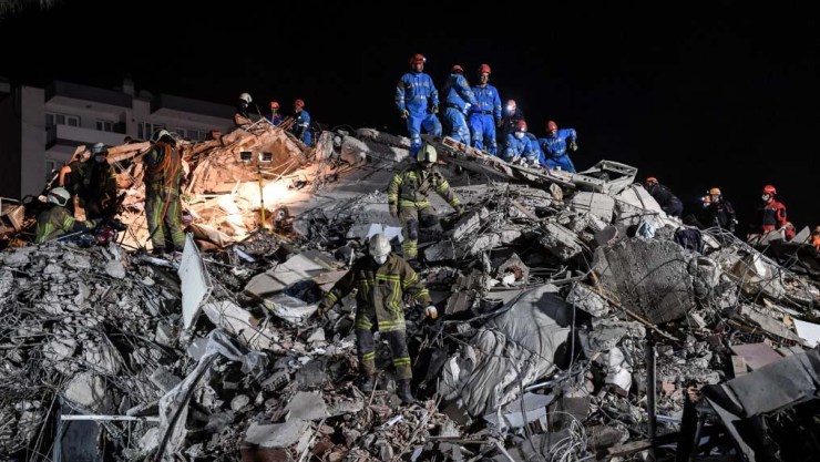 14 dead, buildings collapse as major quake hits Turkey, Greece
