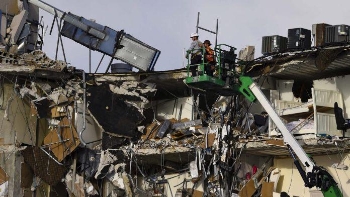 Florida collapse scaled e1624652022281
