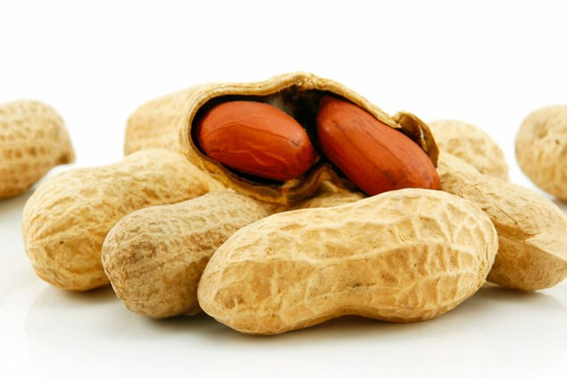 Peanut allergy is one form of the food allergies by AllergyPortal.us