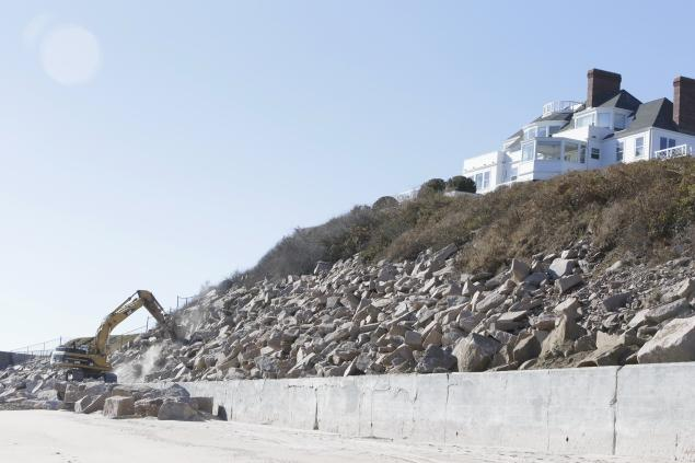 Taylor Swift Construction Is A Beach Guardian Liberty Voice