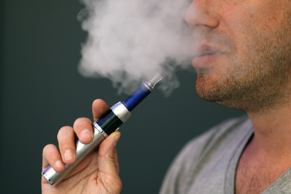 Electronic Cigarettes WHO  Calls for Ban