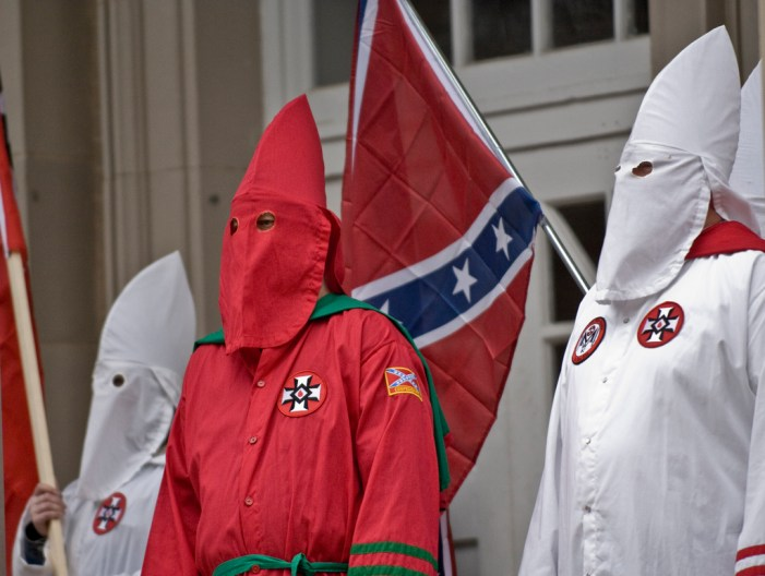 KKK Asks African-Americans to Help Them Get Rid of Illegal Immigrants