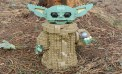 'The Mandalorian' Baby Yoda Steals Eggs from 'The Passenger'