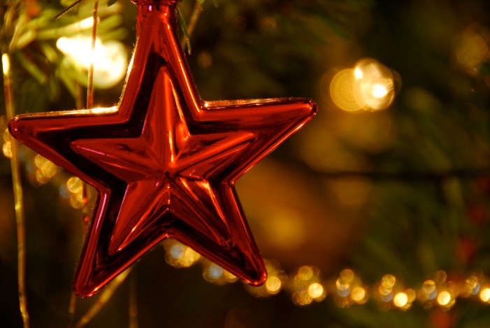 Stars Displays Are 'Signs of Cheer and Goodwill'