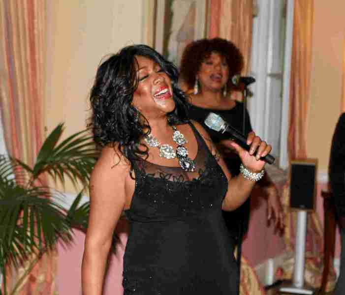 A Founding Member of The Supremes, Mary Wilson, Dies at Age 76