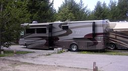 Record-Breaking RV Sales Through the COVID-19 Pandemic