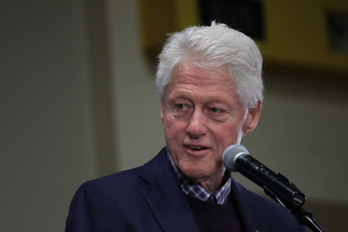 President Bill Clinton in Hospital for Infection Is 'on the Mend'