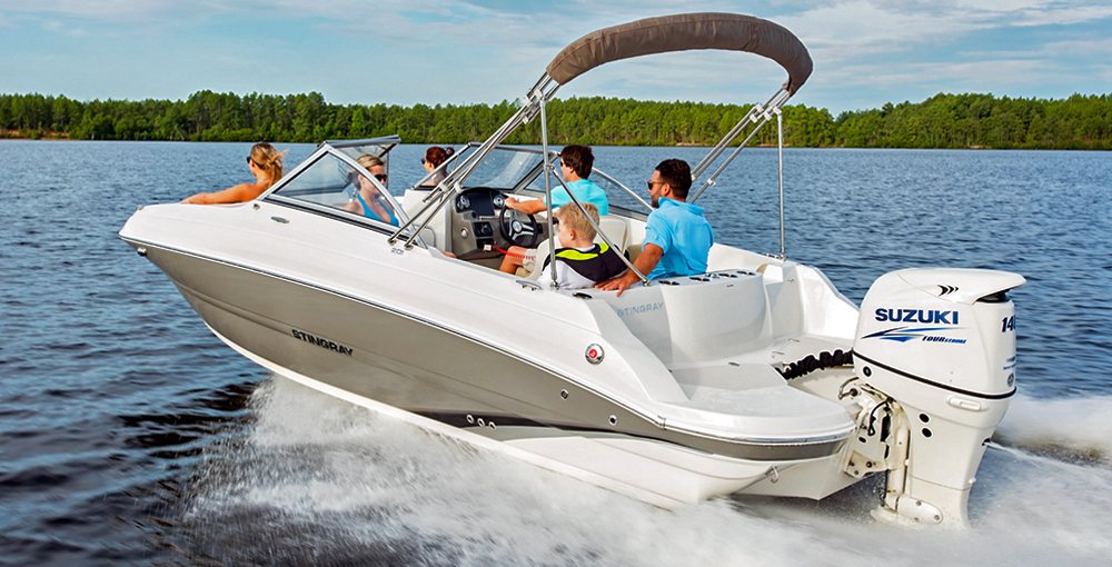 Deck boats with Suzuki outboard engine