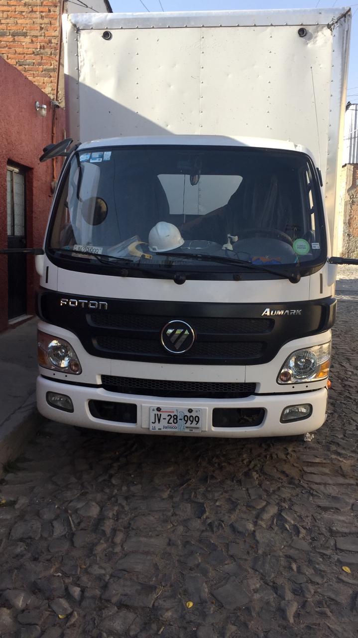 Roban camión con pruebas COVID-19 en El Salto