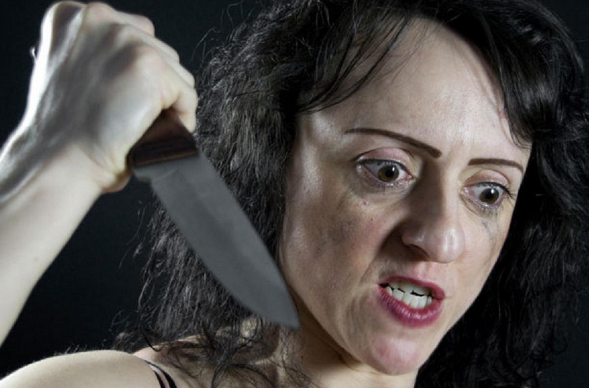 Картинки где убивают женщин