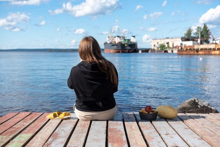 вейк, парк, девушка, сидит, озеро